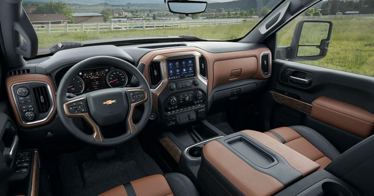 2022 Chevrolet Silverado 2500 Interior