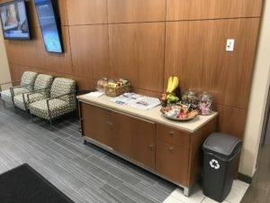 Client waiting area Sunnyside Acura Nashua NH