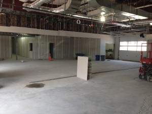 service drive in 3 lanes wide - renovation - Sunnyside Acura Nashua, NH