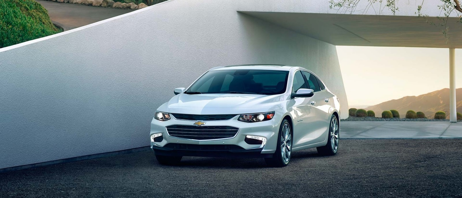 2016 Chevy Malibu Hybrid front exterior view