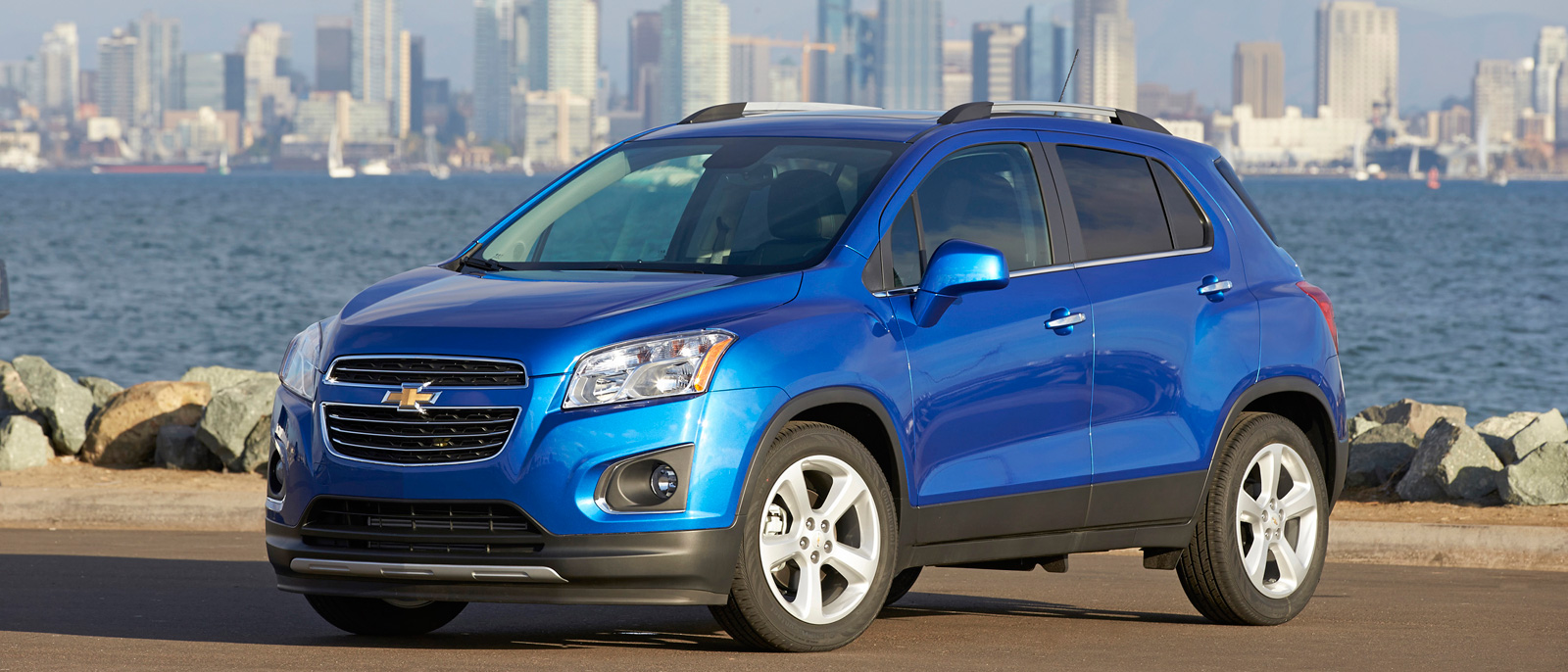 2016 Chevrolet Trax blue exterior