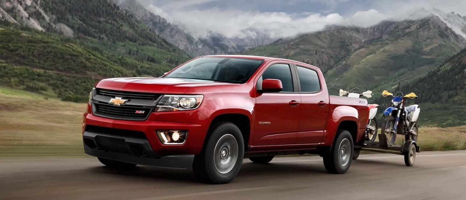 2017 Chevrolet Colorado red exterior