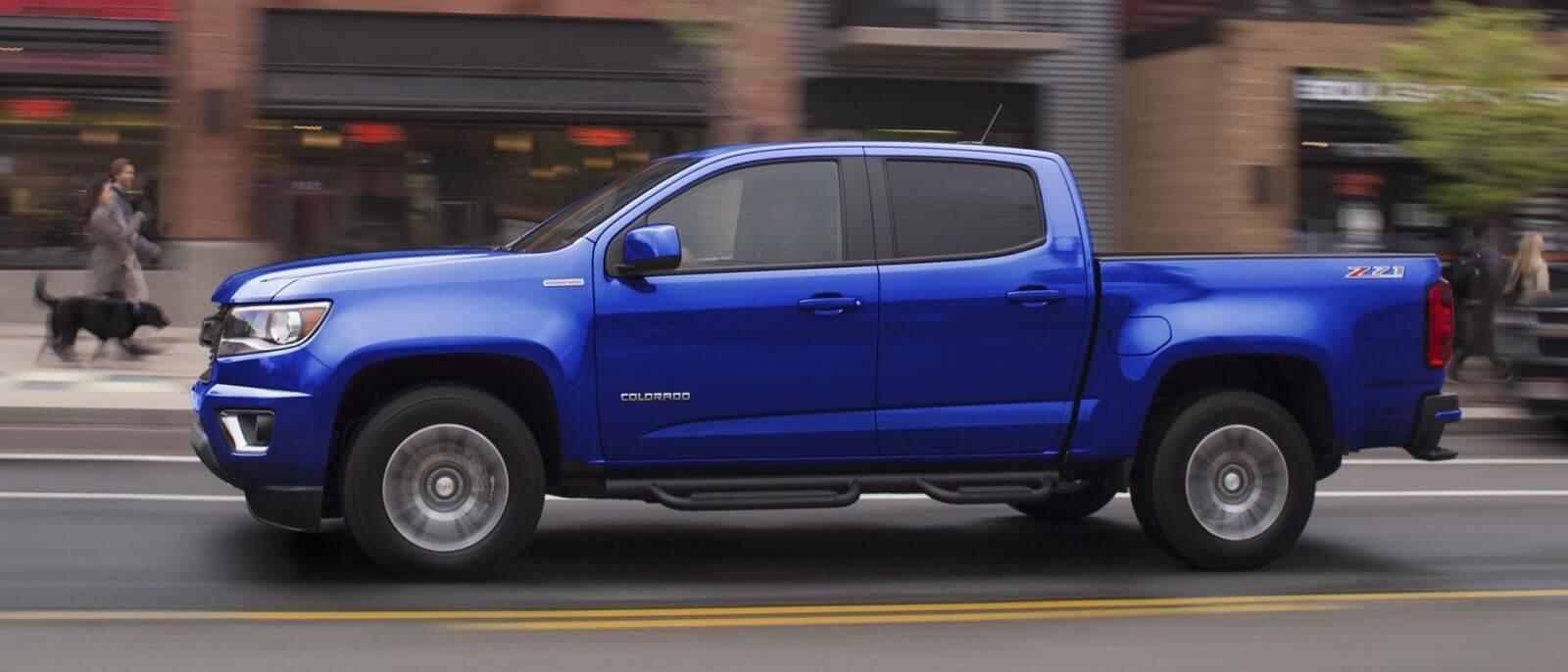 2017 Chevrolet Colorado blue exterior mode, side view
