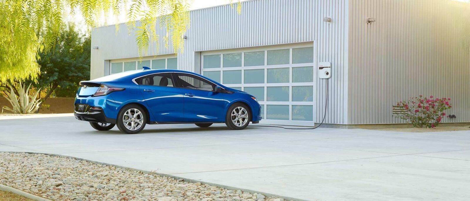 2017 Chevrolet Volt blue exterior