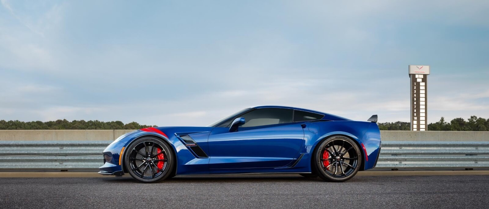 2017 Chevrolet Corvette Grand Sport blue exterior side view