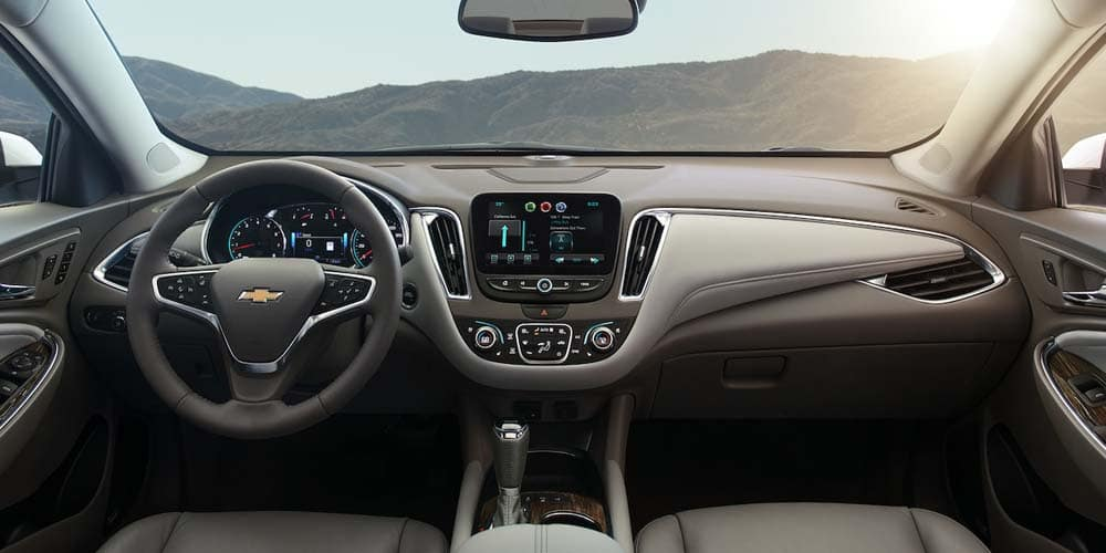 2018 Chevrolet Malibu Interior Front Dashboard View