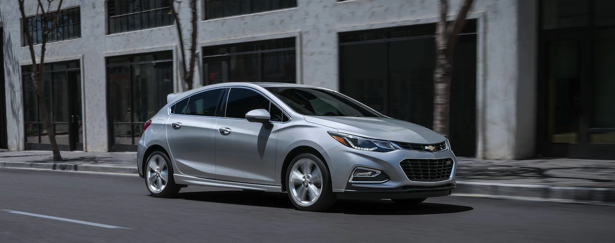 Enhance One-Tank Road Trips With the 52 MPG 2019 Chevy ...