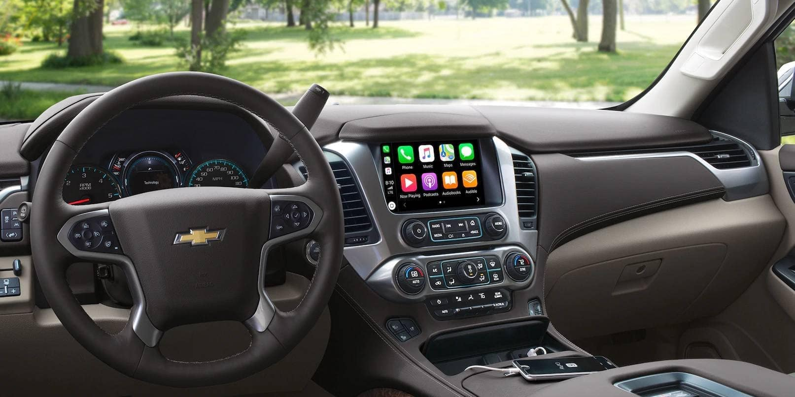 2019 Chevrolet Tahoe front interior