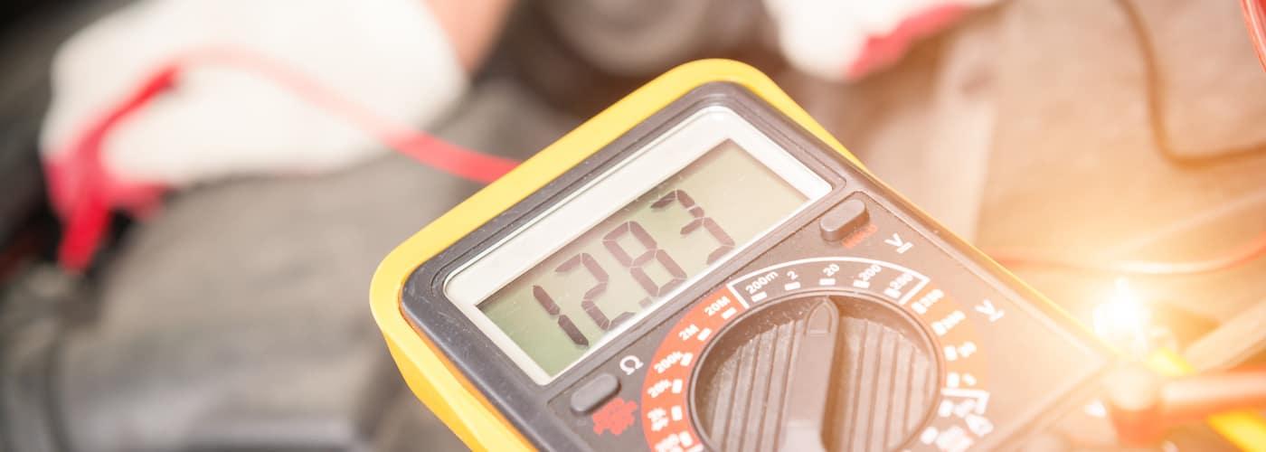 checking car battery voltage at dealership