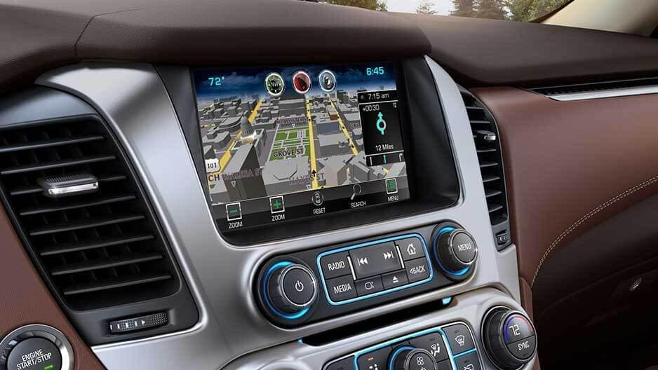 Technology Features of the New Chevrolet Suburban at Garber in Chicago, IL