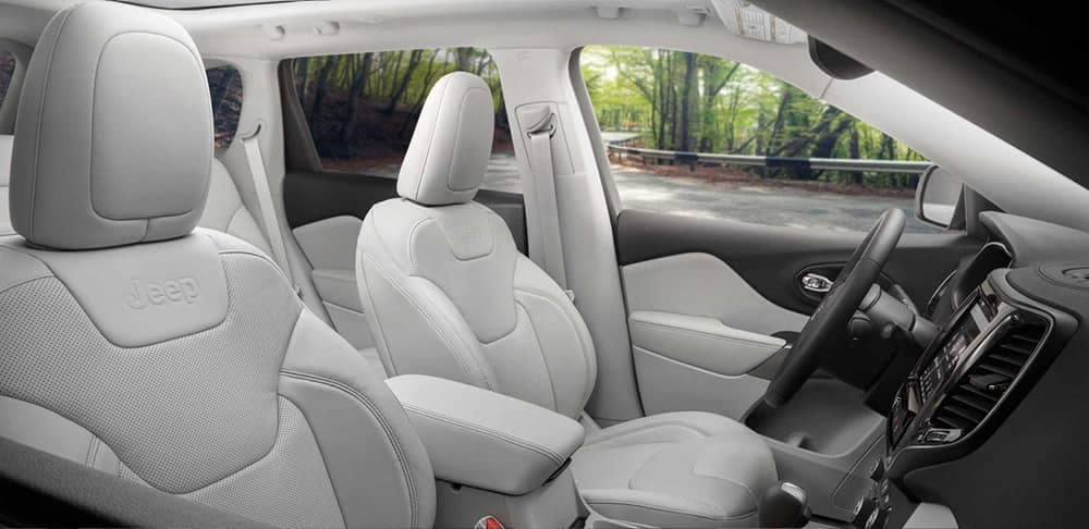 2019 Jeep Cherokee Interior Front Seats View