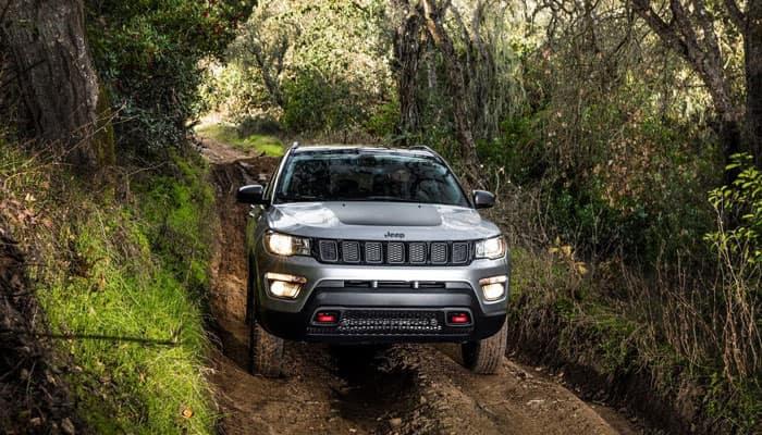 2019 Jeep Compass Vs 2019 Chevrolet Trax Crossover Suvs Tacoma