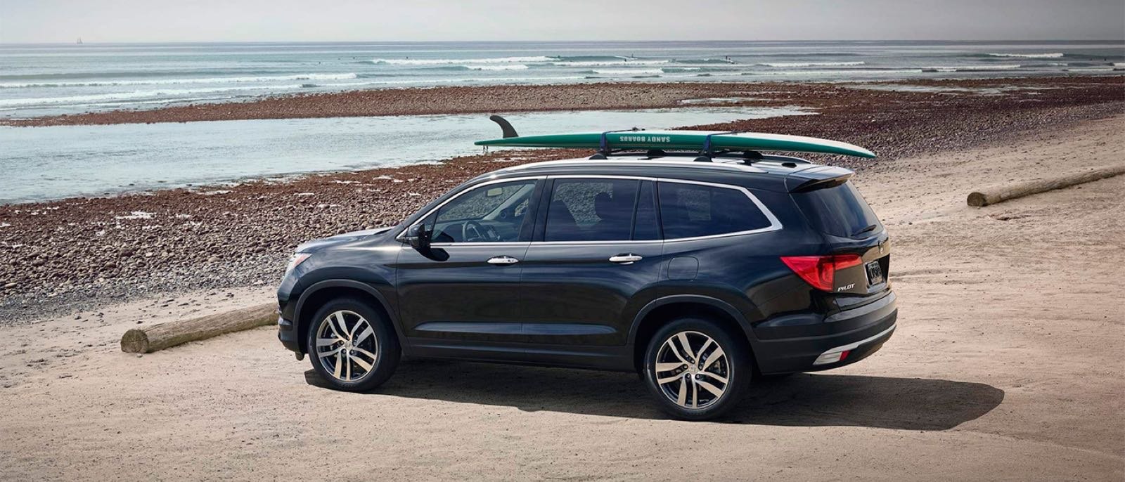 2017 Honda Pilot By Lake
