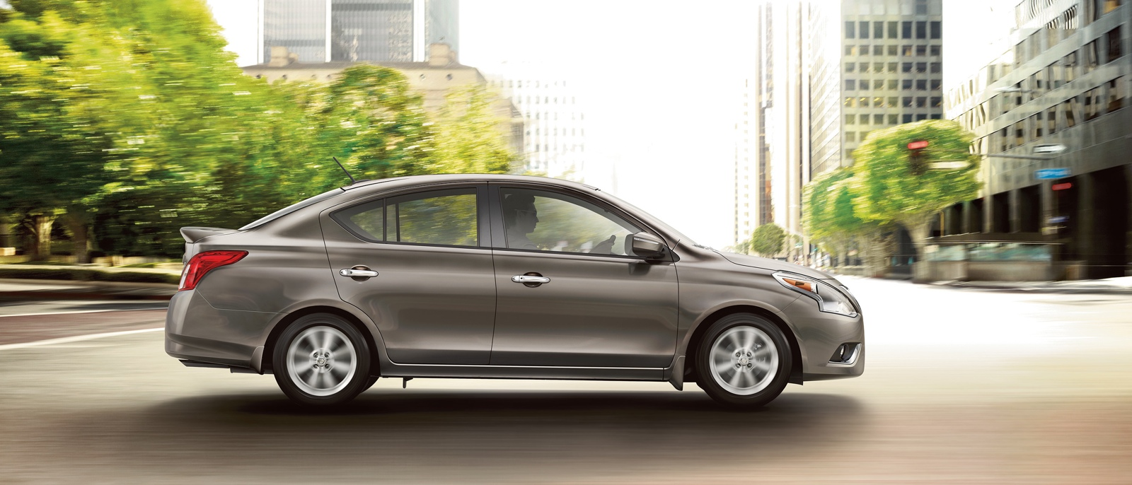 2016 nissan versa