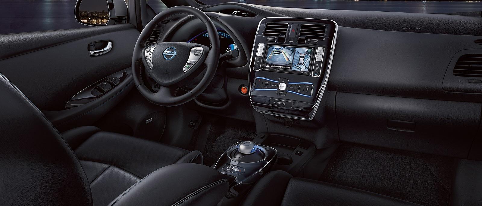 2016-Nissan-LEAF1