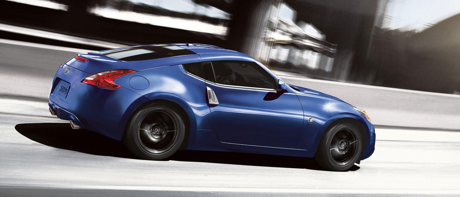 2016 Nissan 370Z side view in blue