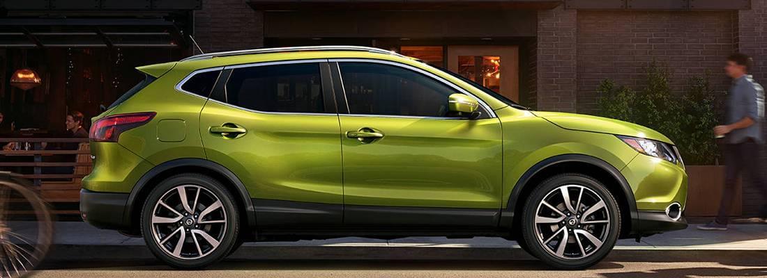 2017 Nissan Rogue Sport Green