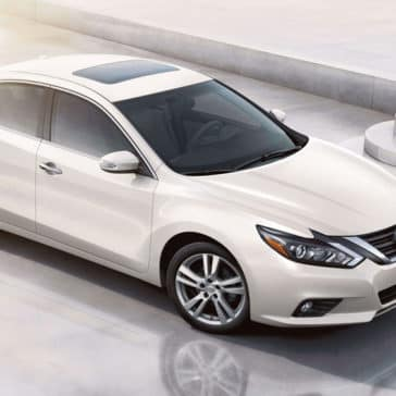 2018 Nissan Altima White