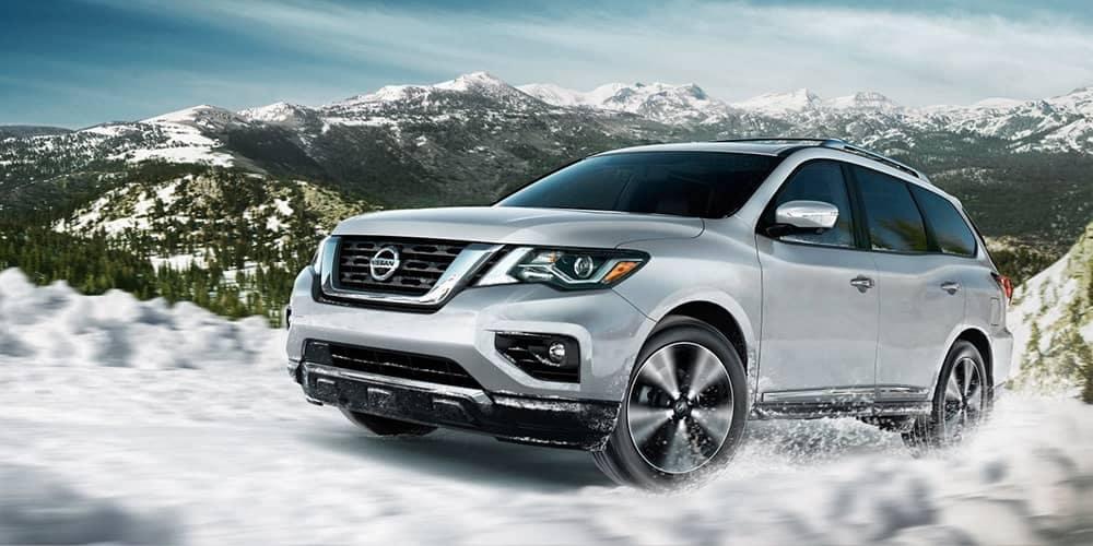 2019 Nissan Pathfinder In Snow