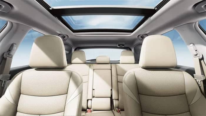 2018 Nissan Murano Interior Seating and Panoramic Roof