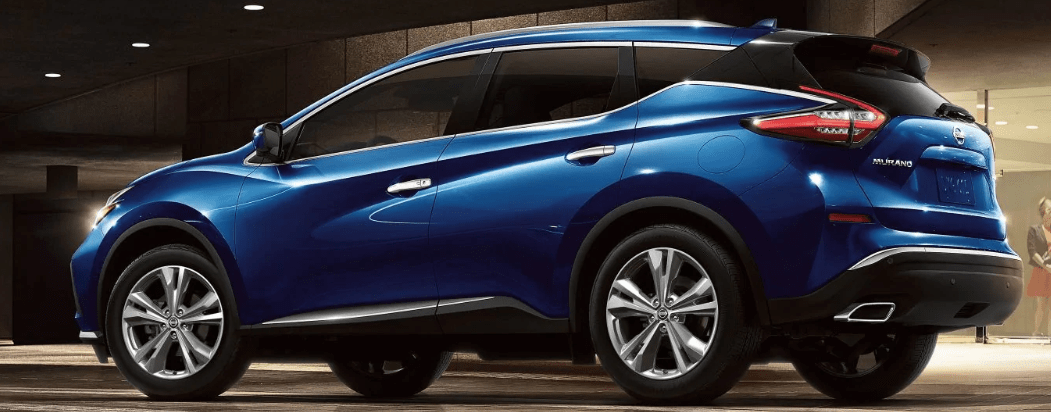 Side view of 2019 Nissan Murano in Blue