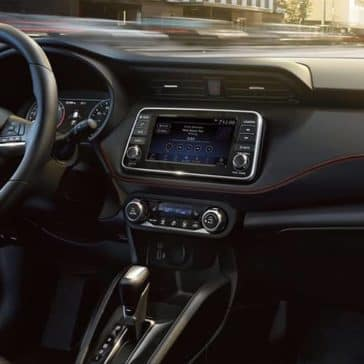 2019 Nissan Kicks Dash