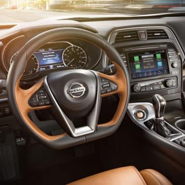 2020 Nissan Maxima Dash