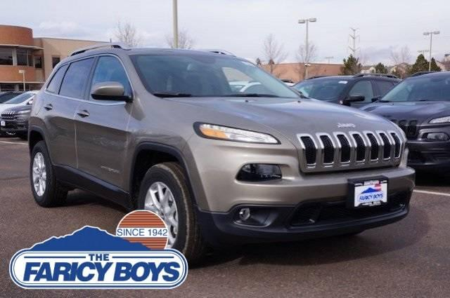 2017 Jeep Cherokee Latitude Lease Special
