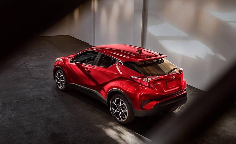 2018 Toyota C HR XLE Ruby Flare Pearl