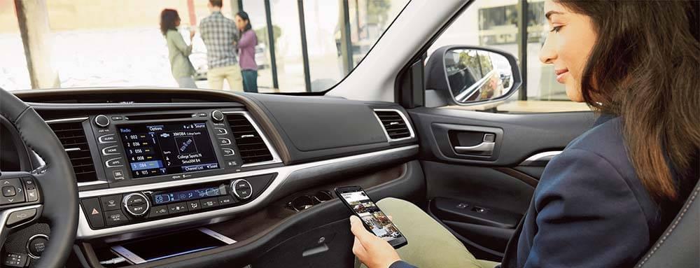 Toyota Highlander Technology