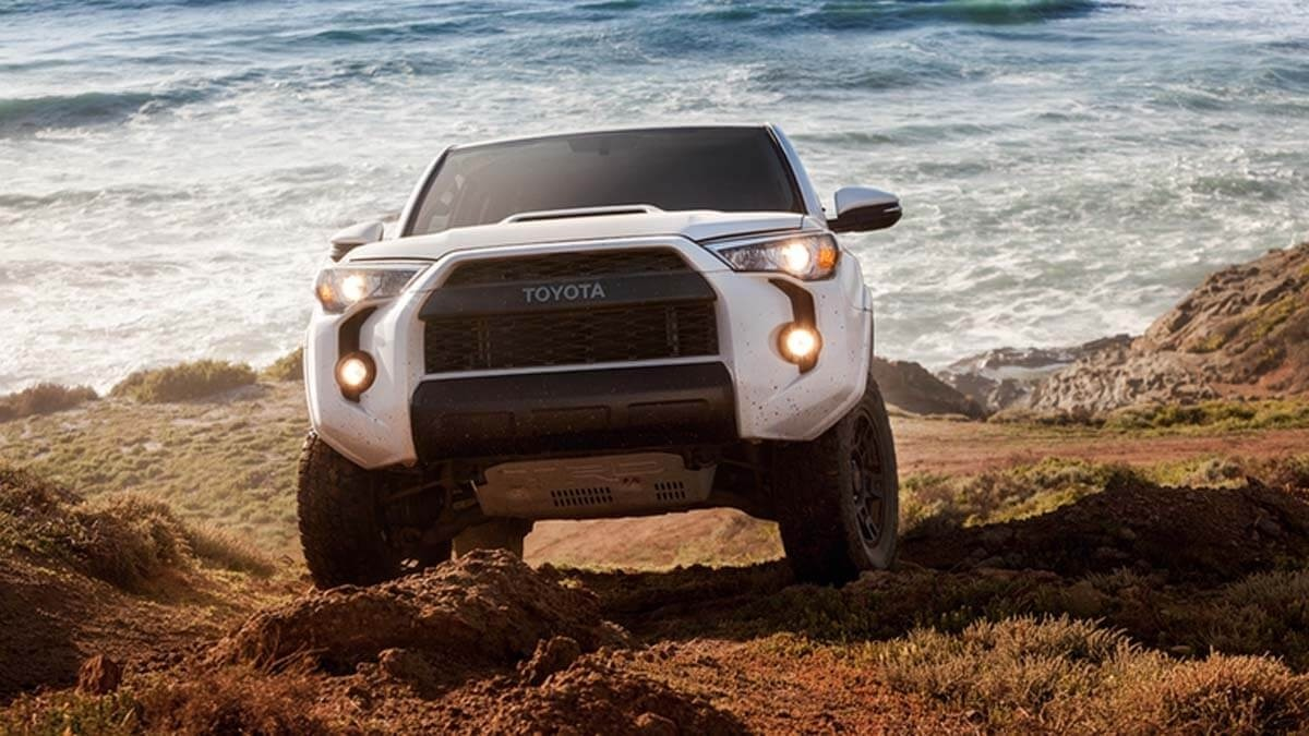 2017 Toyota 4Runner driving on sand and rocks