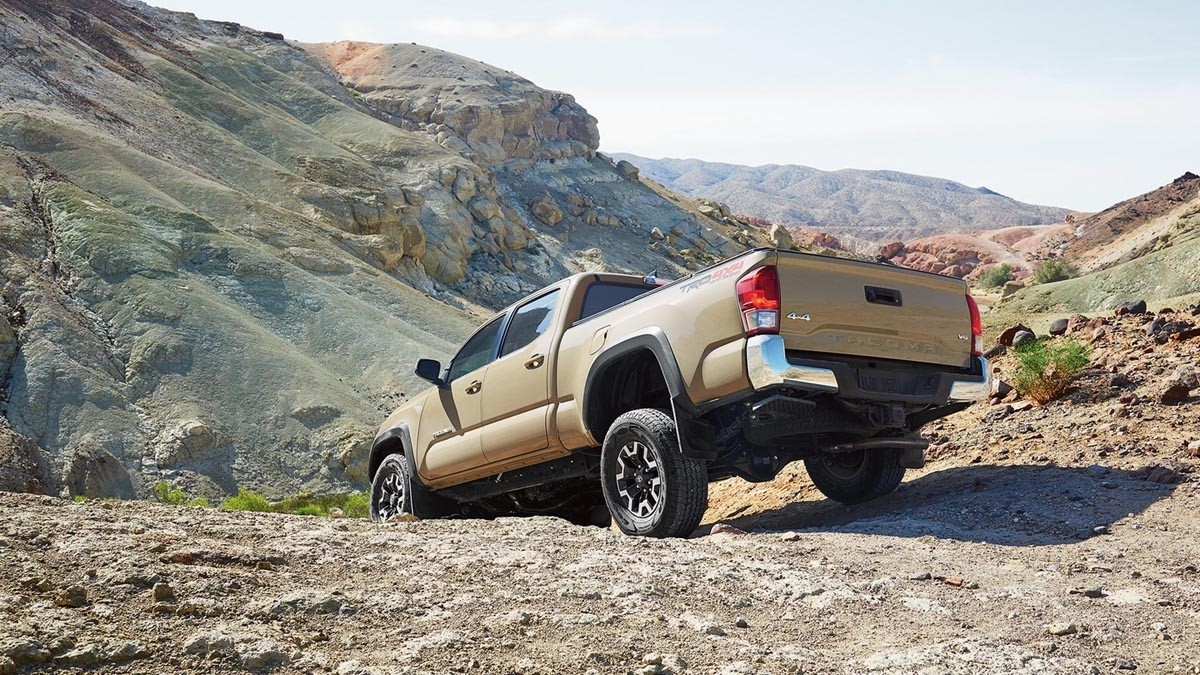 2017 Toyota Tacoma TRD Off-Road Double Cab Long Bed V6 Tow Package