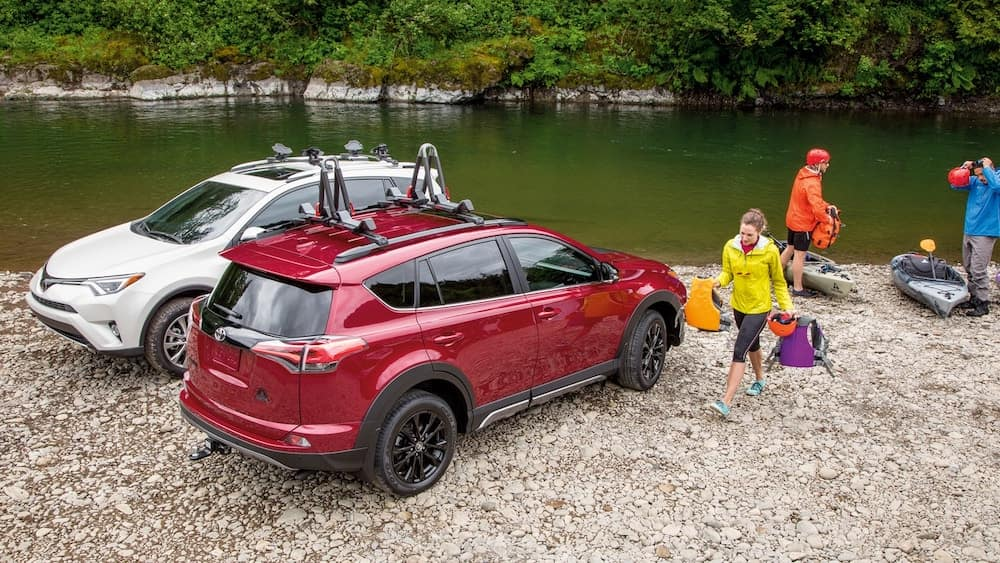 2018 Toyota RAV4s in red and white