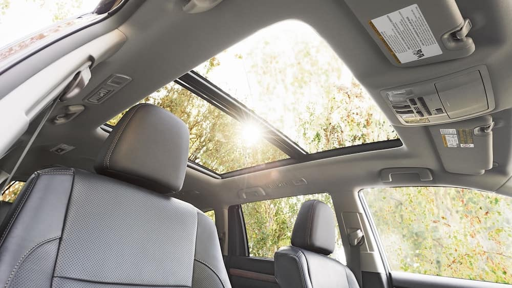2019 Toyota Highlander interior with sunroof