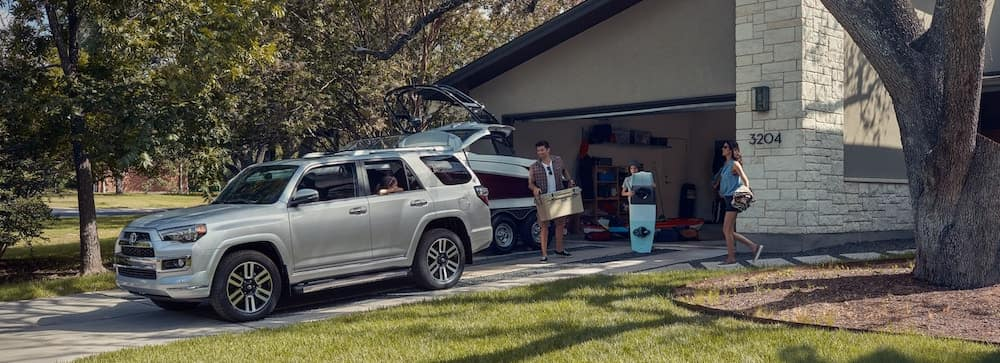2019 Toyota 4Runner with family